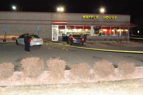 Waffle House shooting 1. Photo by Shane Anthony AuroraNews1.com