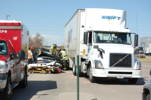 24th and Airport crash 2 - Photo by Shane Anthony AuroraNews1.com