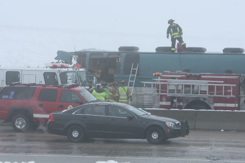 I70 and E470 Bus crash 1 AuroraNews1.com Photo by Deleno Austin