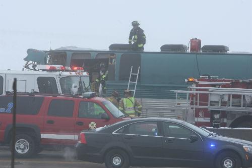 I70 and E470 Bus crash 3 AuroraNews1.com photo by Deleno Austin